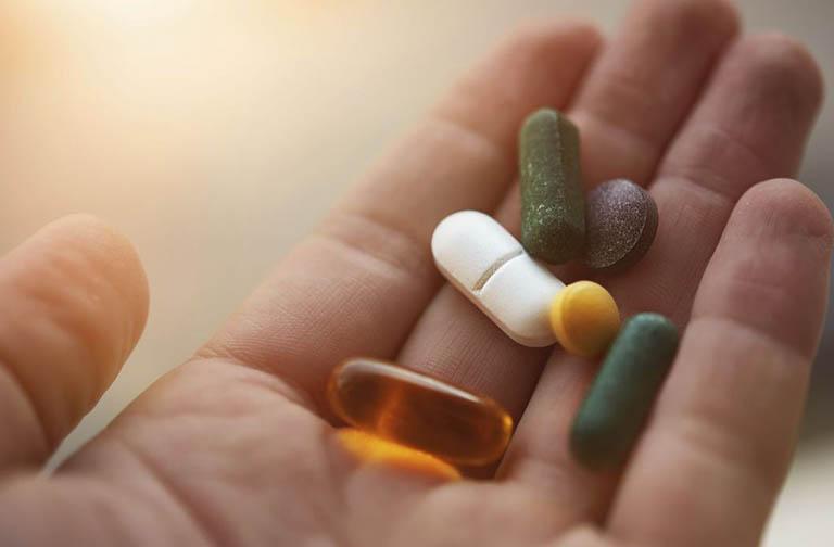 Có nên dùng thuốc chữa bệnh rối loạn lo âu?