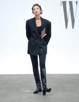 Diện chung mẫu blazer: Taeyeon khoe eo thon mướt mắt, Jennie sang chảnh nhưng cả hai đều hack dáng siêu cao thủ