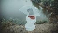Cất nỗi buồn vào những cơn mưa