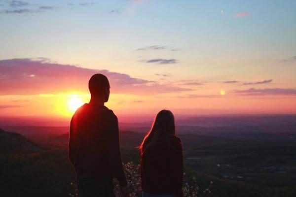 Anh và em chỉ là quá khứ của nhau