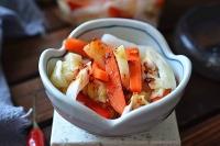 Bữa cơm ngày nắng nóng không thể thiếu món rau củ trộn chua ngọt cực giòn ngon