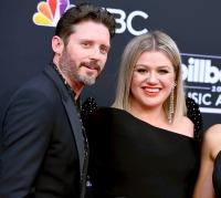 Kelly Clarkson ly hôn