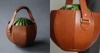 Túi xách sang trọng được thiết kế chuyên để... đựng dưa hấu