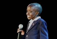 Cậu bé 12 tuổi từng là biểu tượng chống AIDS