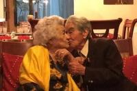 Cặp vợ chồng cao tuổi nhất thế giới chia sẻ bí quyết hạnh phúc