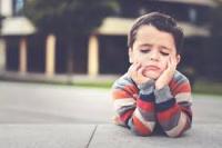 4 dấu hiệu chứng tỏ con bạn đang gặp sức khỏe tâm thần, cha mẹ cần hết sức lưu ý