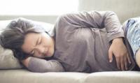 7 cách để giảm chướng bụng, đầy hơi kì kinh nguyệt