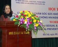 Bàn về chính sách chăm sóc sức khỏe sinh sản, sức khỏe tình dục, phòng chống HIV/AIDS cho thanh thiếu niên